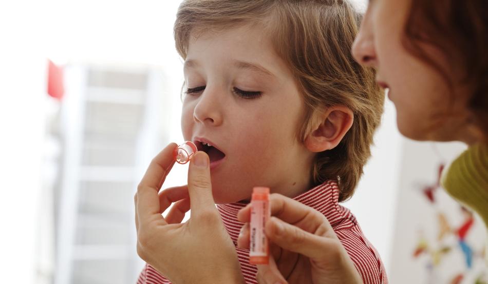 artrita tratează homeopatia)