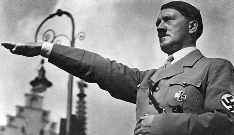care este dimensiunea penisului lui Hitler