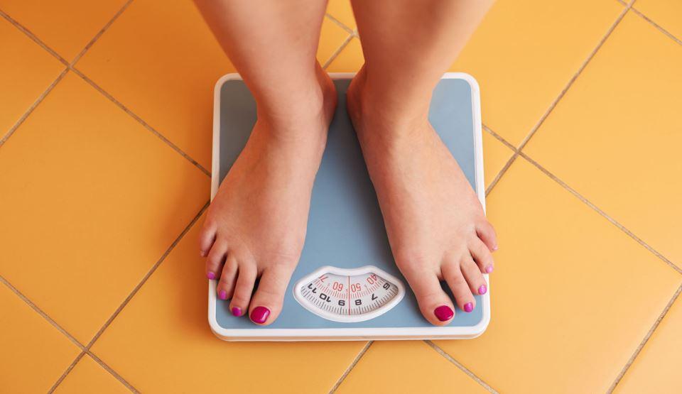 călcâie scădere în greutate