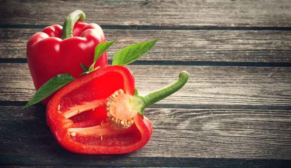 Cultivarea ardeilor: cum poți obține recolte bogate respectând niște principii simple