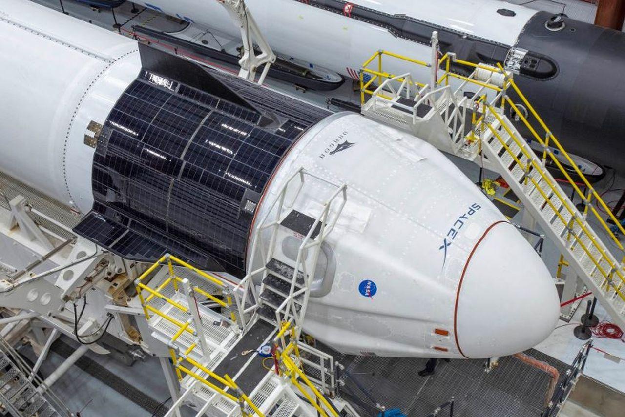 Drumul lung și plin de obstacole al SpaceX