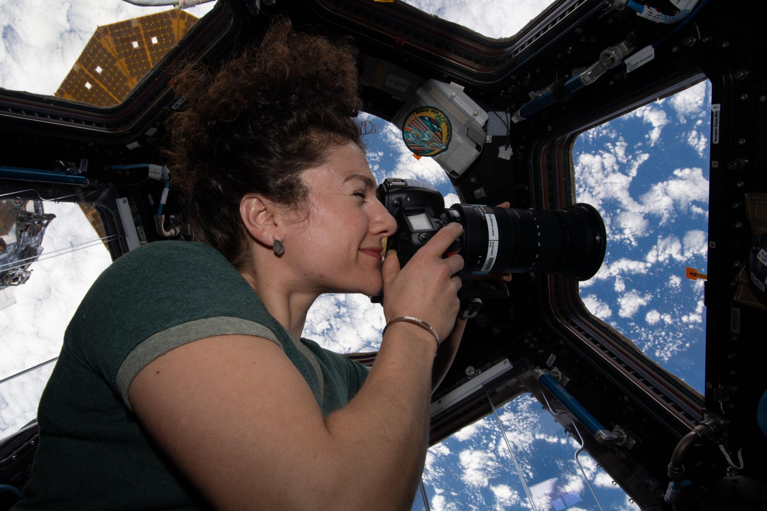 """Priveliștea Pământului din spațiu are un efect psihologic major. Cum te schimbă """"efectul vederii de ansamblu"""""""