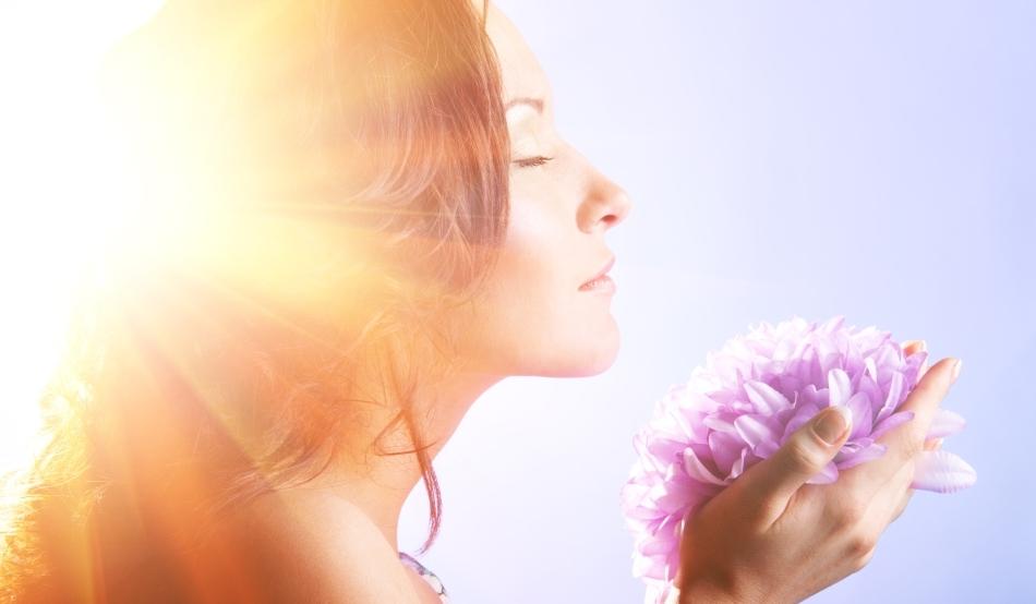 Mirosul poate juca un rol cheie în viaţa noastră de zi cu zi, ajutându-ne să obţinem o stare generală de bine.