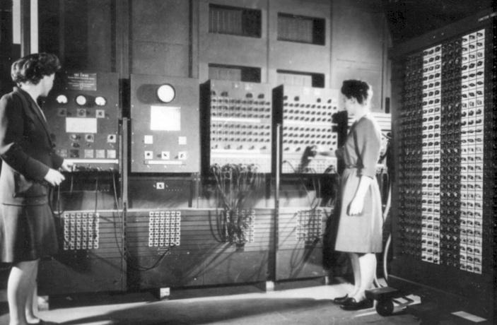 Femeile-computer : armele secrete ale americanilor în cel de-al Doilea Război Mondial