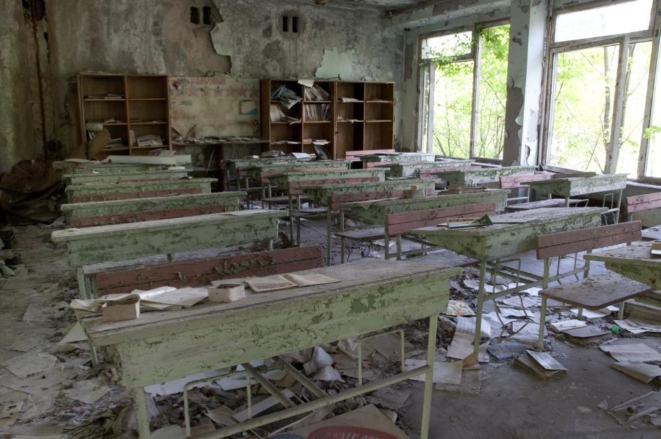 Clasă abandonată din Pripyat, Ucraina, în apropiere de centrala nucleară de la Cernobâl
