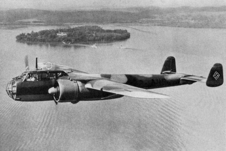 Avion de bombardament. Fotografie istorică