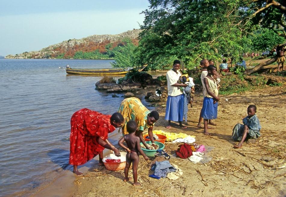 Sărăcia extremă este aproape eliminată