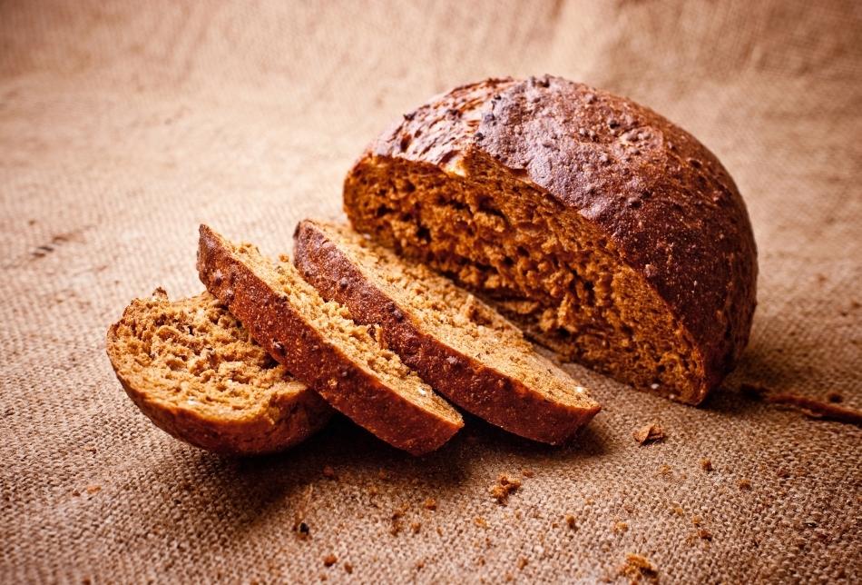 Pâine neagăr de casă