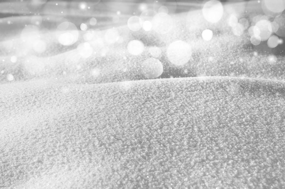 Cum se aşterne zăpada