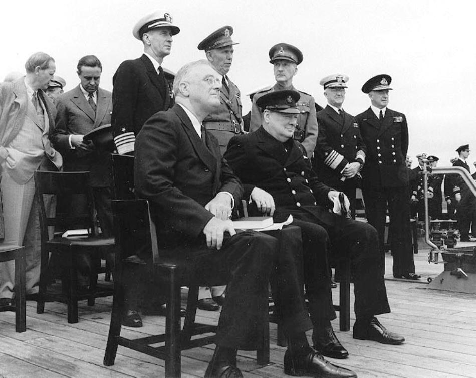 Franklon Delano Roosevelt şi Winston Churchill