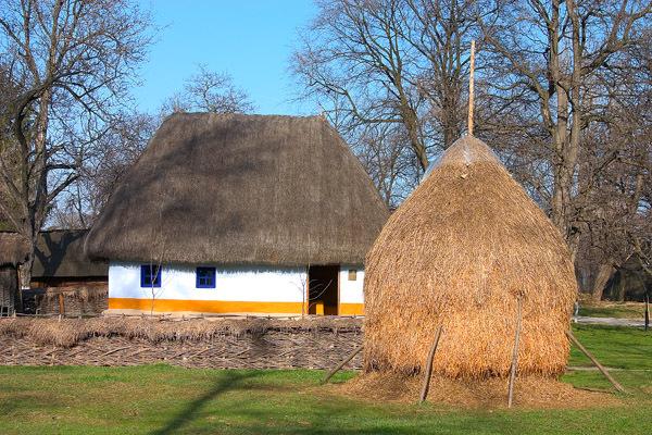 Casă tradiţională românească la Muzeul Satului din Bucureşti
