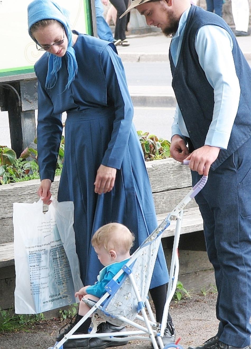 O familie Amish la cumpărături