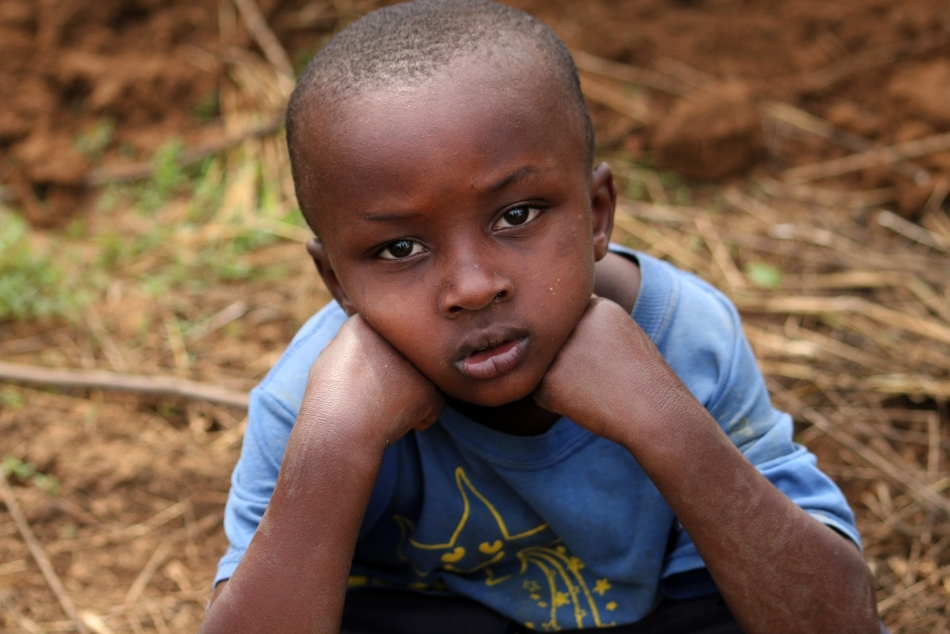 Chipul unnui copil orfan