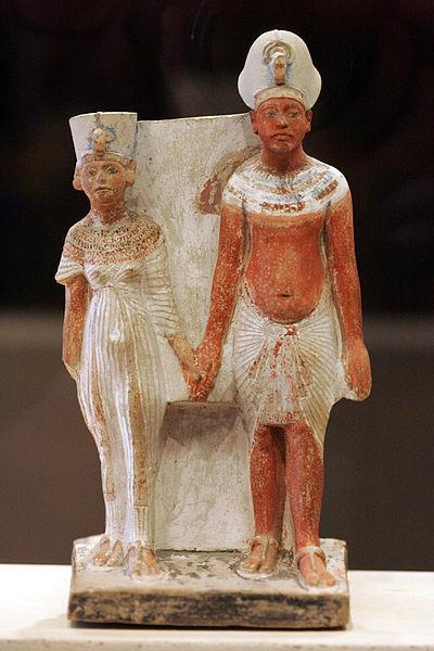 Akhnaton şi Nefertiti