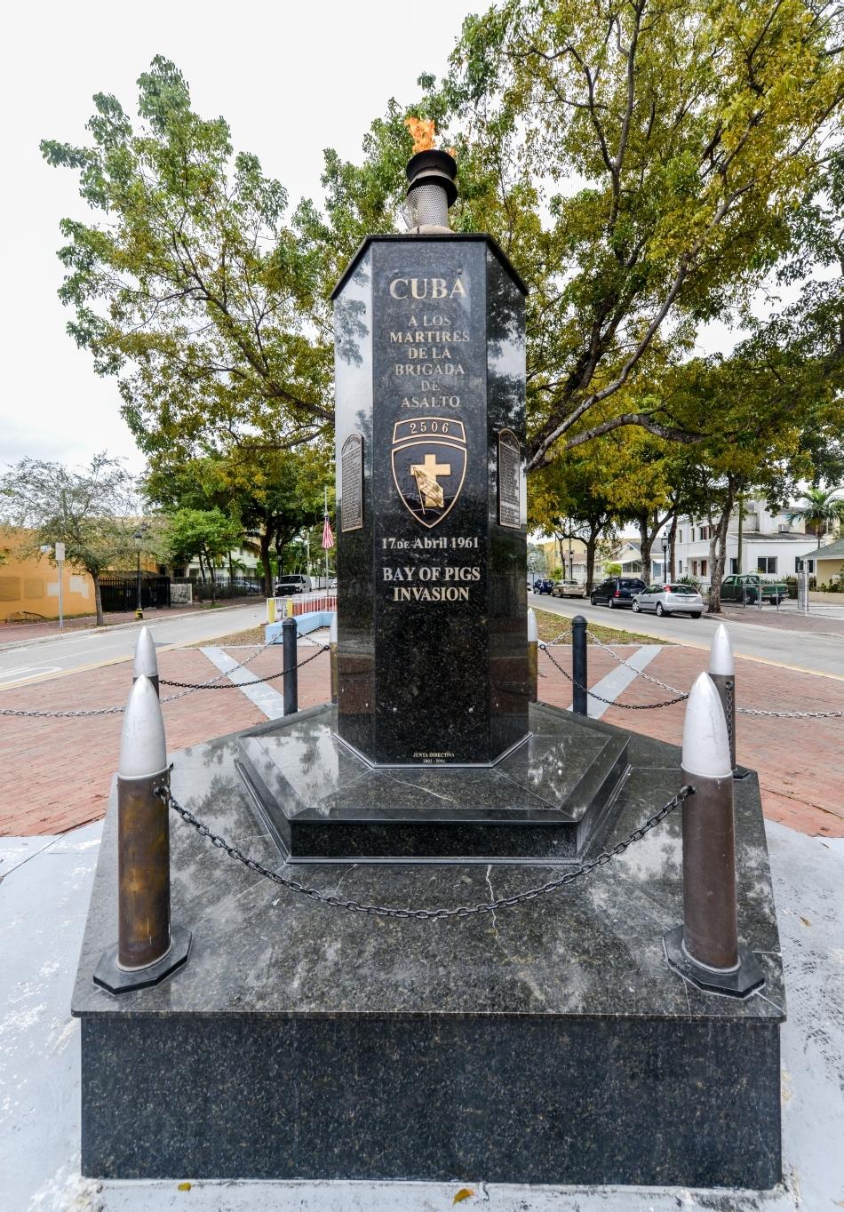 Monumentul din Little Havana, Florida, care comemorează invazia nereuşită a Cubei