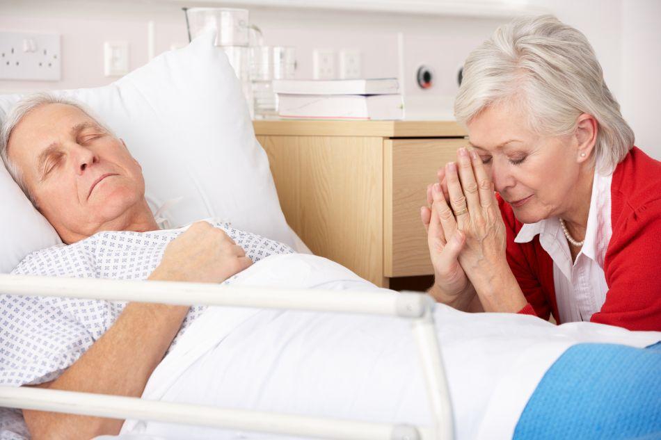 Decesul asistat medical este aplicat, de obicei, în cazul unor boli ajunse în faza terminală, când pacientul nu mai are decât câteva luni de trăit.