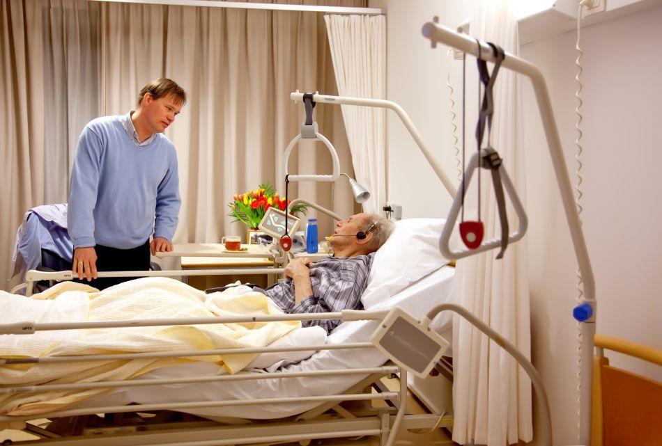 Preocuparea faţă de familie poate juca un rol important în decizia unui pacient de a recurge la procedura decesului asistat medical.