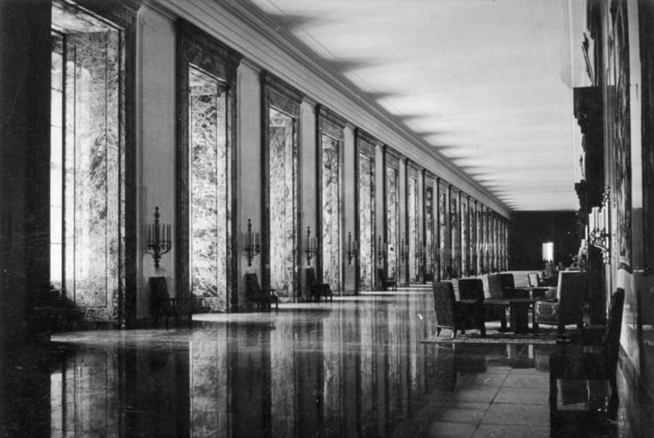 Galeria de marmură din Noua Cancelarie a Reich-ului