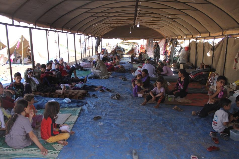Tabărăd e refugiaţi pentru victimele care au scăpat momentan de ISIL.