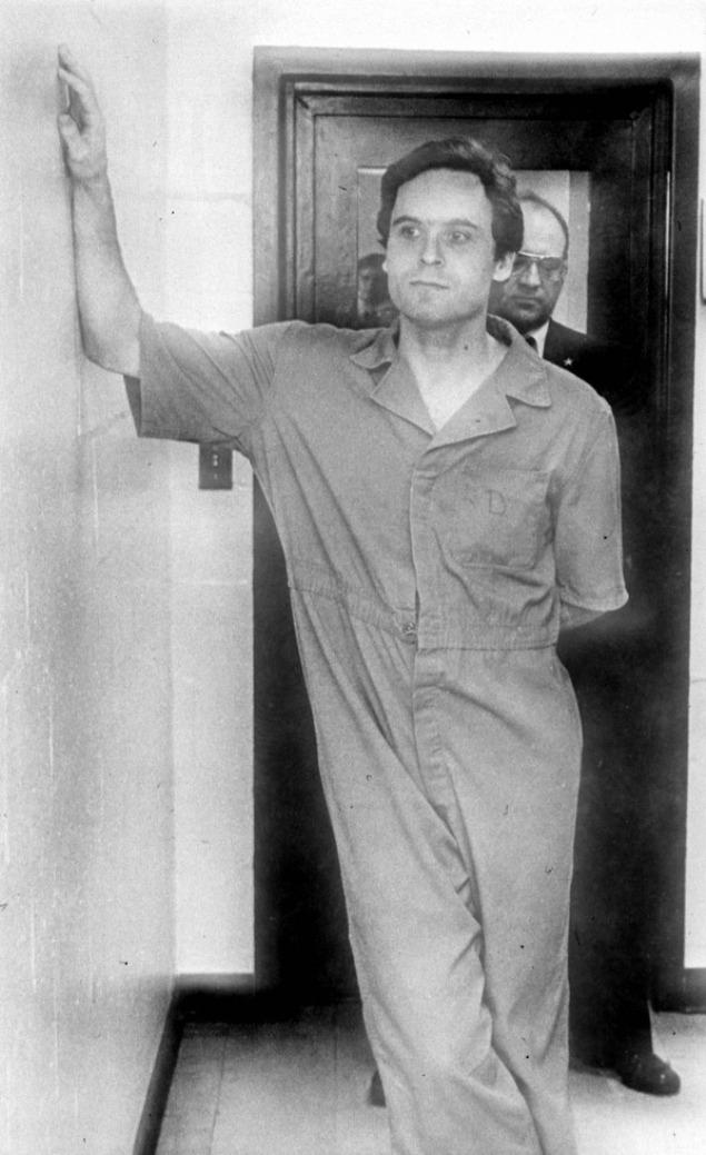 Ted Bundy la închisoare, în Florida, 1978.