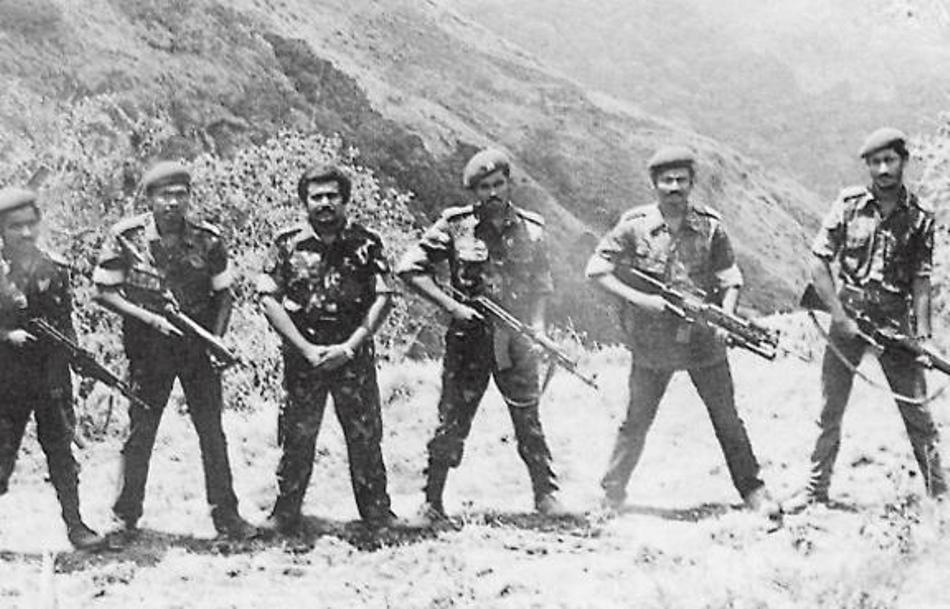Conducători din cadrul Tigrilot Tamili într-o tabără de antrenamente din Sirumalai.