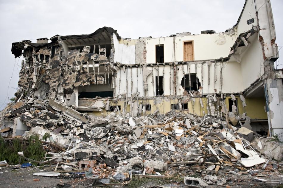 Exploziile extrem de puternice lasă puţini supravieţuitori.