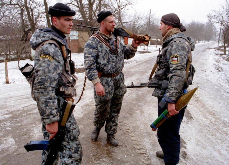 Soldaţi din trupele speciale ruse detaşaţi în Cecenia.