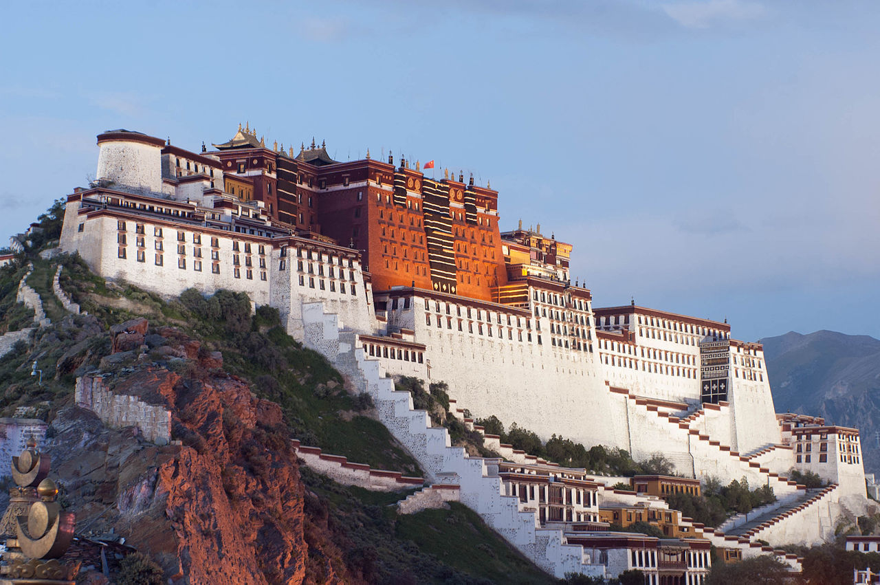 Palatul Potala, Lhasa (FOTO: Wikipedia)