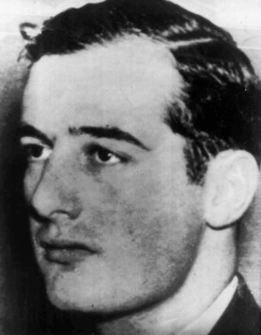 Fotografie de epoca a lui Raoul Wallenberg