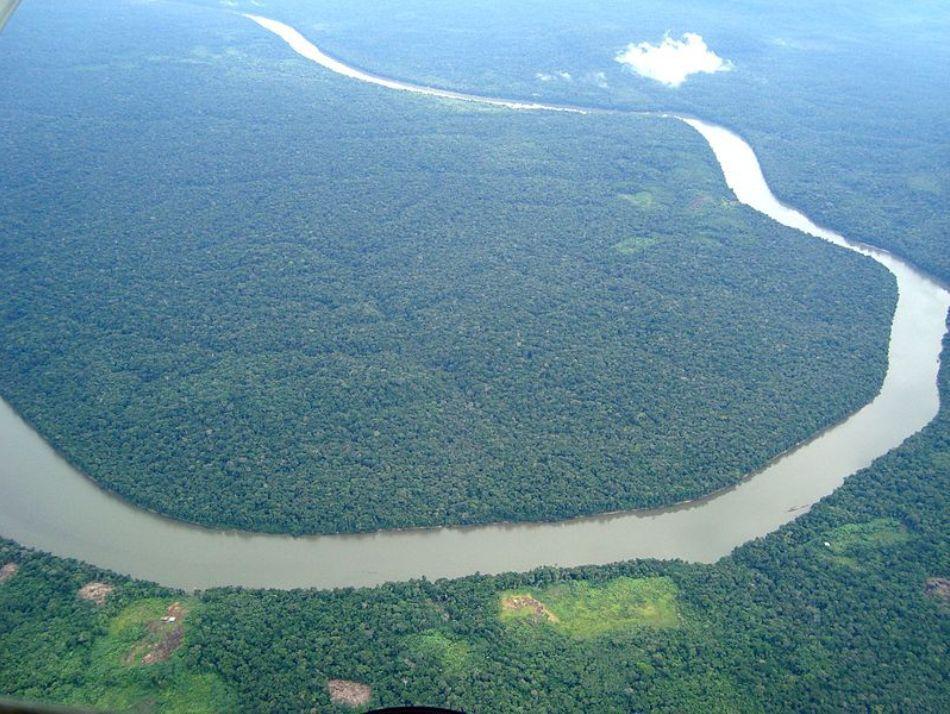 meandrele fluviului amazon