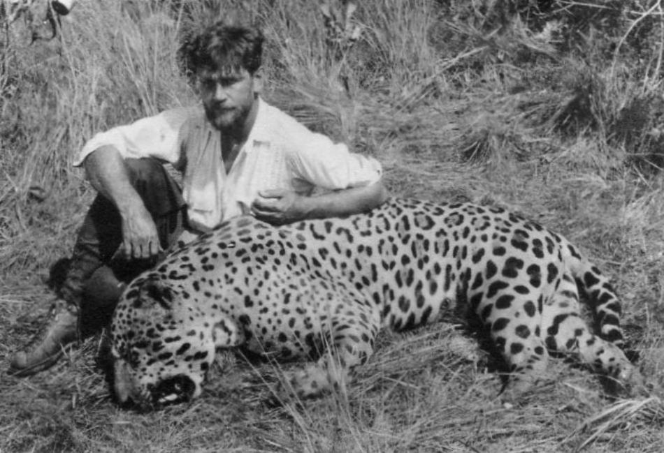 Siemel alături de un alt mascul uriaş de jaguar