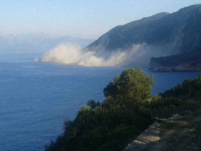Lefkada -  una dintre cele mai frumoase plaje din lume distrusă de un cutremur