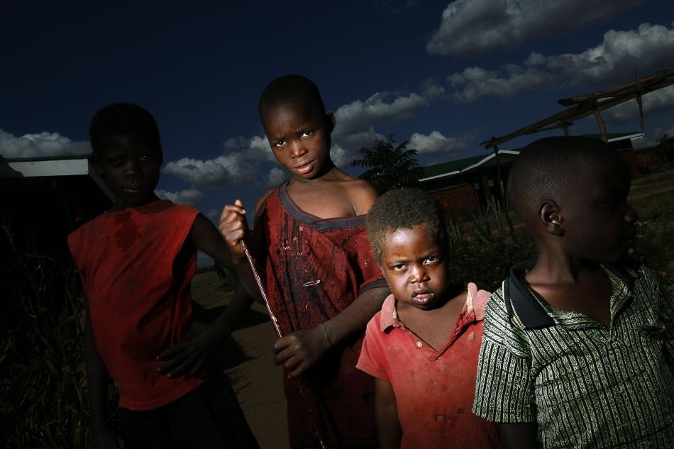 Copii orfani din Malawi
