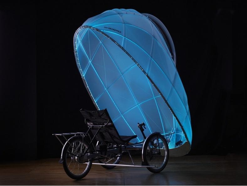 """""""Licuriciul"""": vehiculul care face ca ciclismul să fie uşor de practicat şi pe timp de iarnă"""