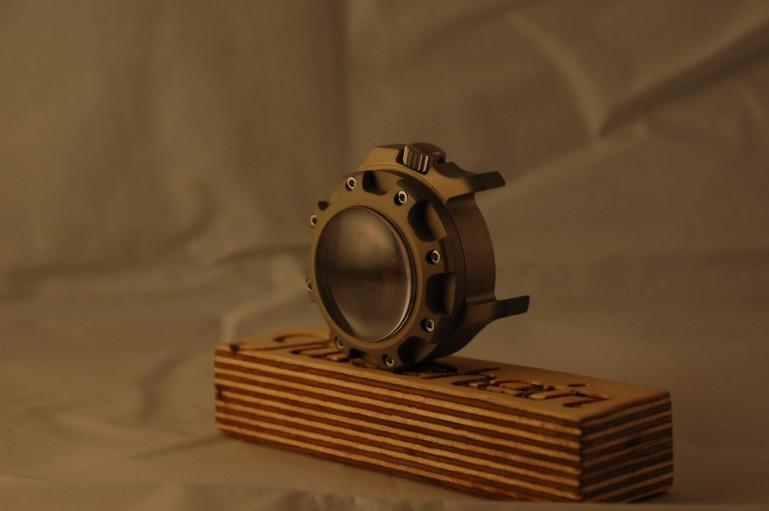 Ceasul care rezistă la unul dintre cei mai puternici explozibili, noua invenţie a germanilor