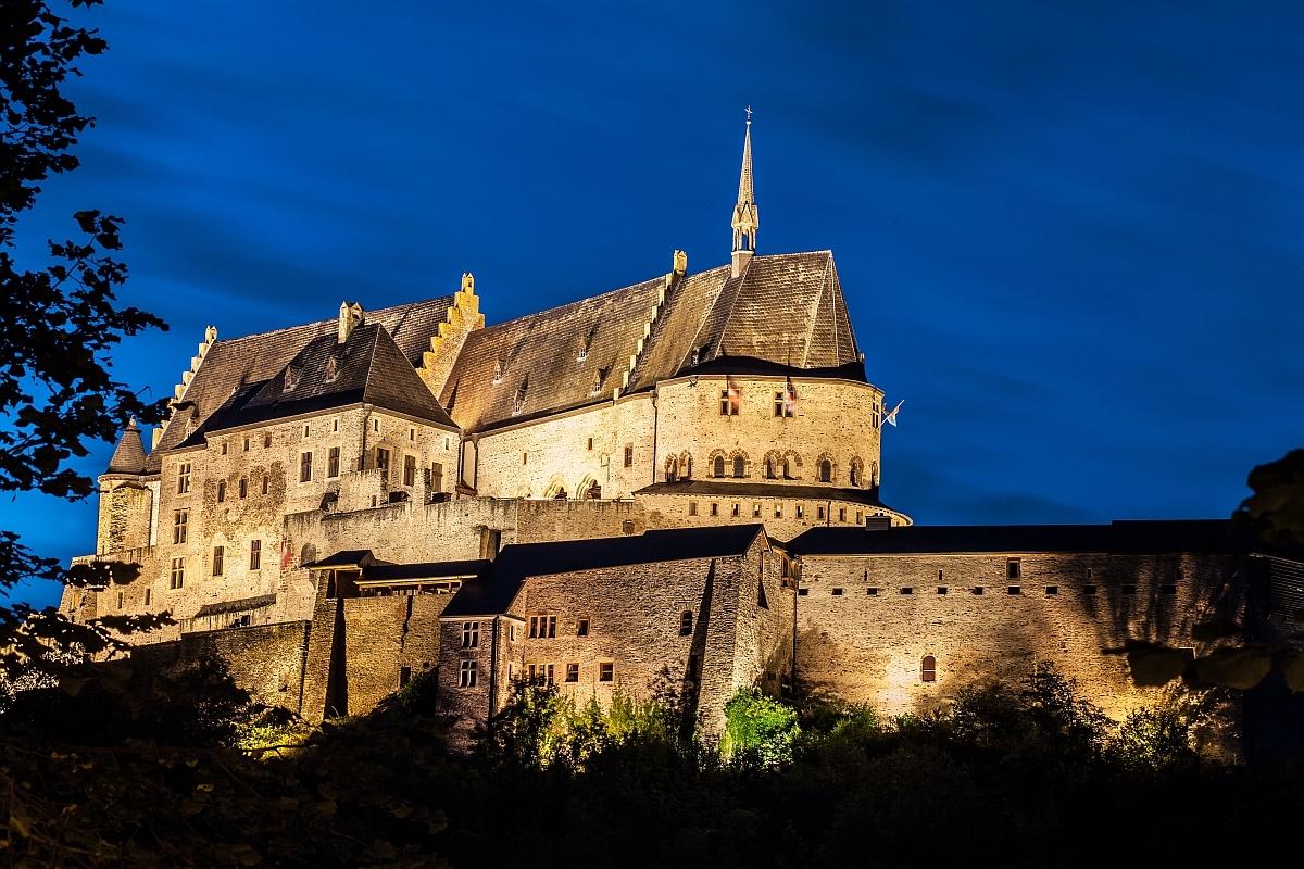 Castelul medieval din Vianden, un sat din Luxembourg