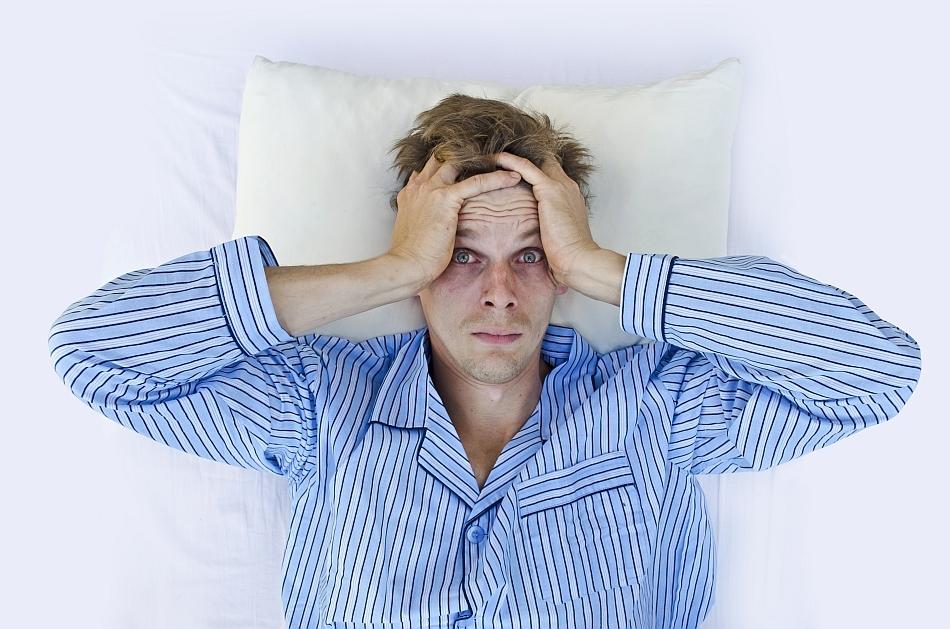 Printre sistemele corpului ce sunt afectate în mod negativ de somnul insuficient se numără inima, plămânii, rinichii, apetitul, metabolismul şi controlul greutăţii, funcţionarea sistemului imunitar şi rezistenţa la afecţiuni, sensibilitatea la durere, timpul de reacţie, starea de spirit şi funcţionarea creierului