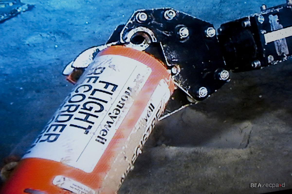 Un robot submarin recuperează resturile epavei Air France