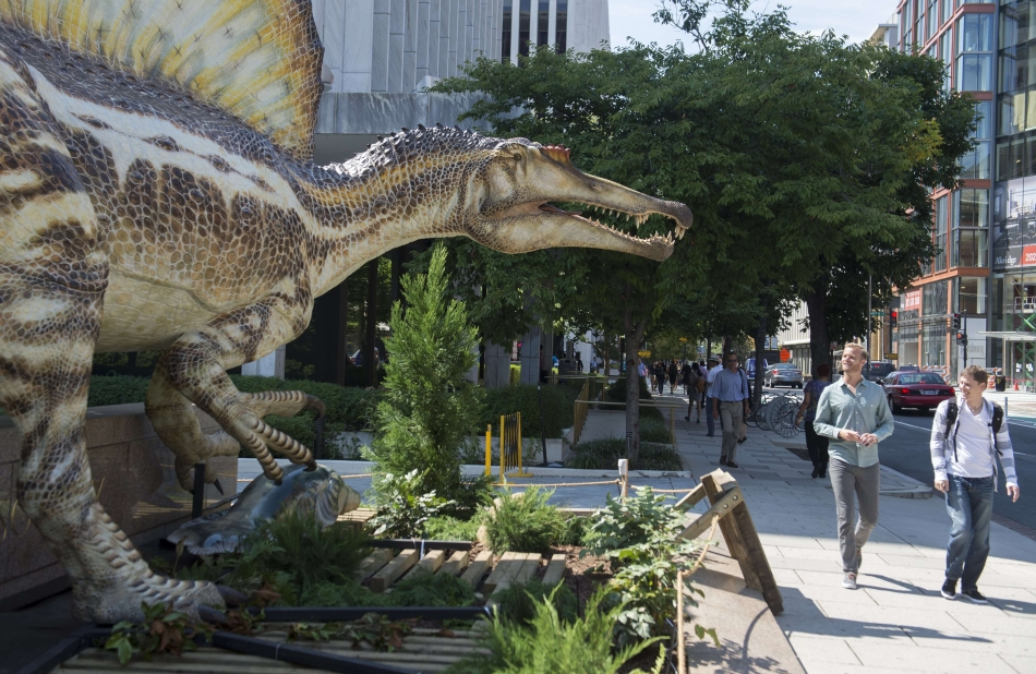 Spinosaurus - unul dintre cei mai mari dinozauri carnivori care au trăit vreodată