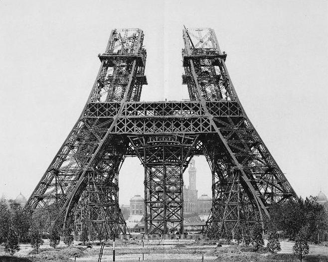 Construcţia Turnului Eiffel