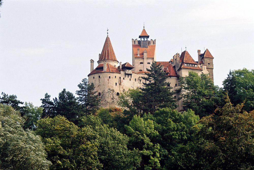 Castelul Bran, unul dintre locurile de legendă ale României pe care îl veţi mai putea vedea doar în fotografii / Foto: Mediafax