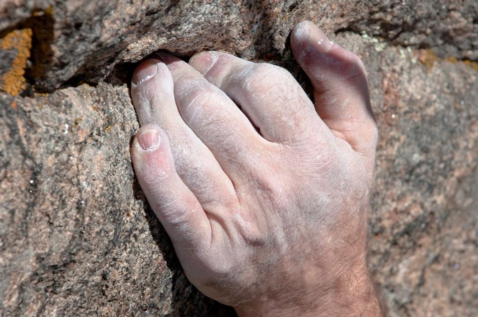 pudra de talc este esentiala in alpinismul extrem