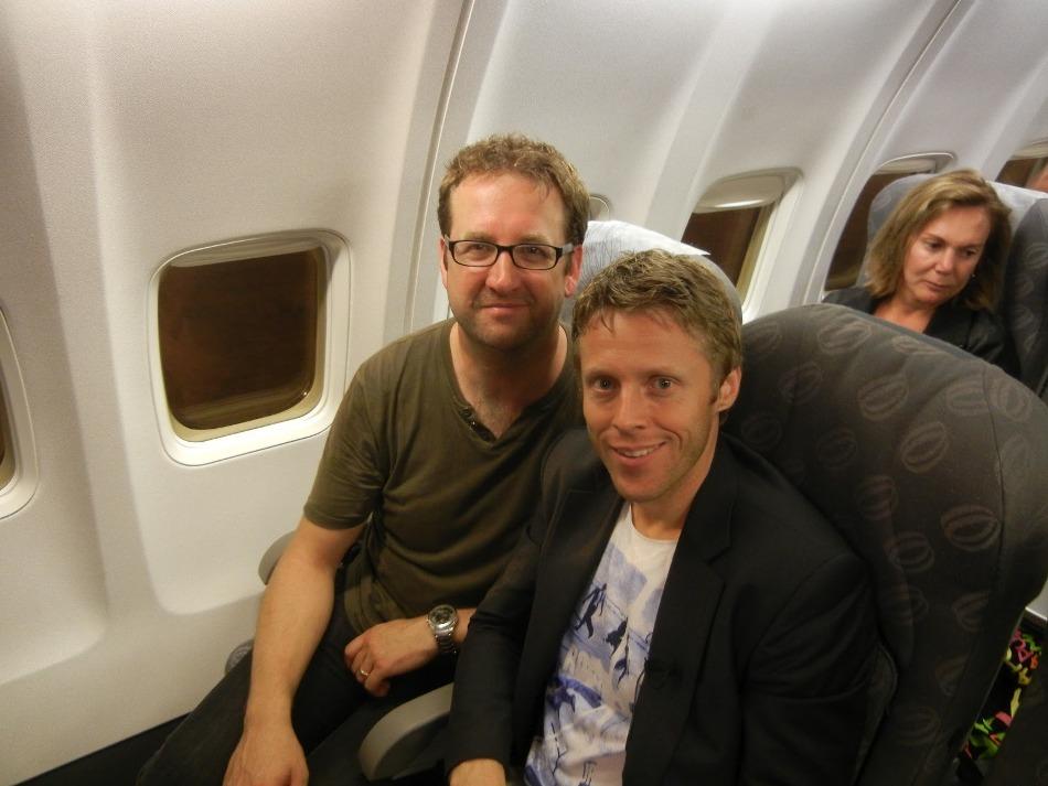 Gunnar şi Adrian în timpul zborului din Punta Cana spre Caracas