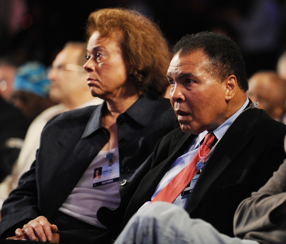 Muhammad Ali, spectator la un meci de box