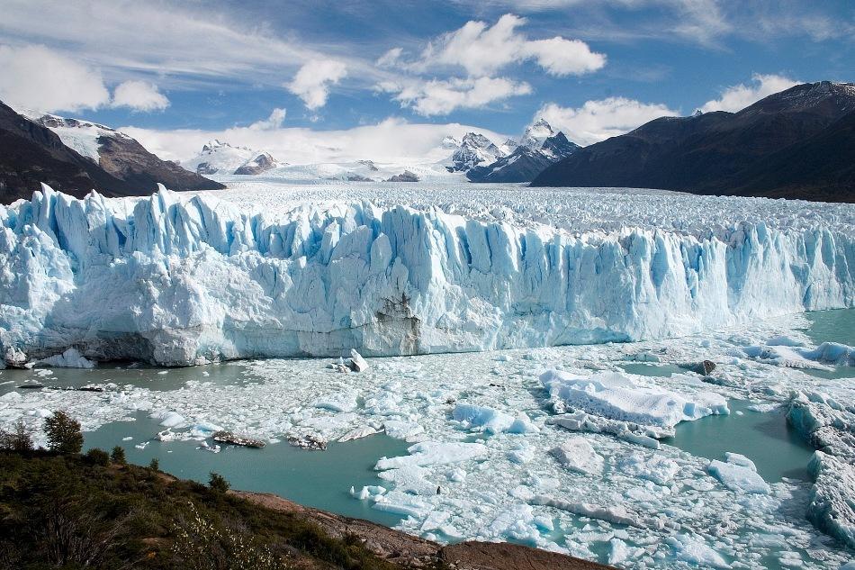 Gheţarul Perito Moreno din Anzii argentinieni