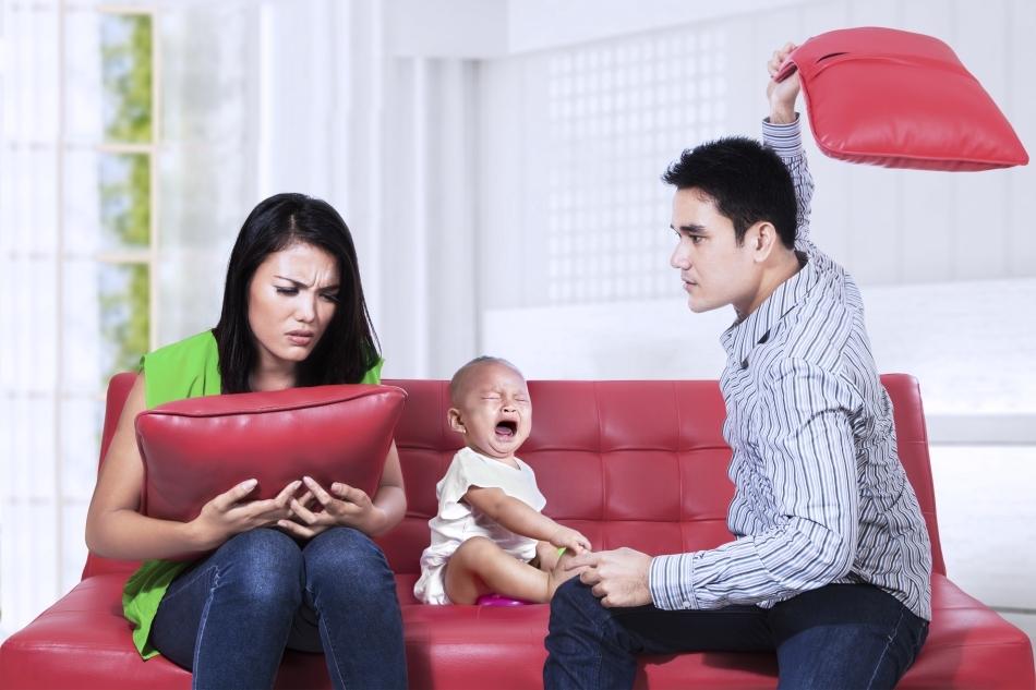 Bebeluşii sunt foarte sensibili la mediul în care sunt crescuţi, astfel că ecologia emoţională în care se dezvoltă un copil poate influenţa în mod profund modul în care se dezvoltă sistemul său nervos.