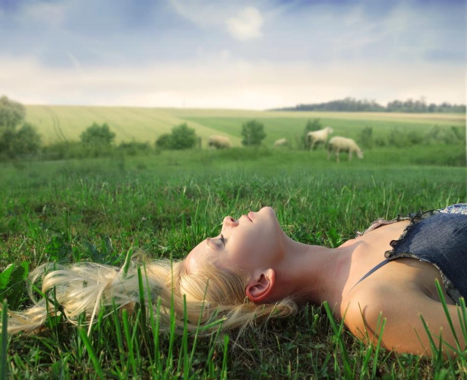 """Imaginarea unui peisaj relaxant este mai utilă pentru inducerea sonnului decât metoda clasică a """"numărării oilor""""."""