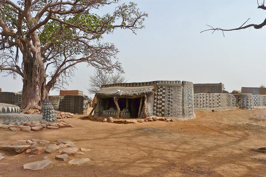 Satul african unde fiecare casă este o adevărată operă de artă - FOTO