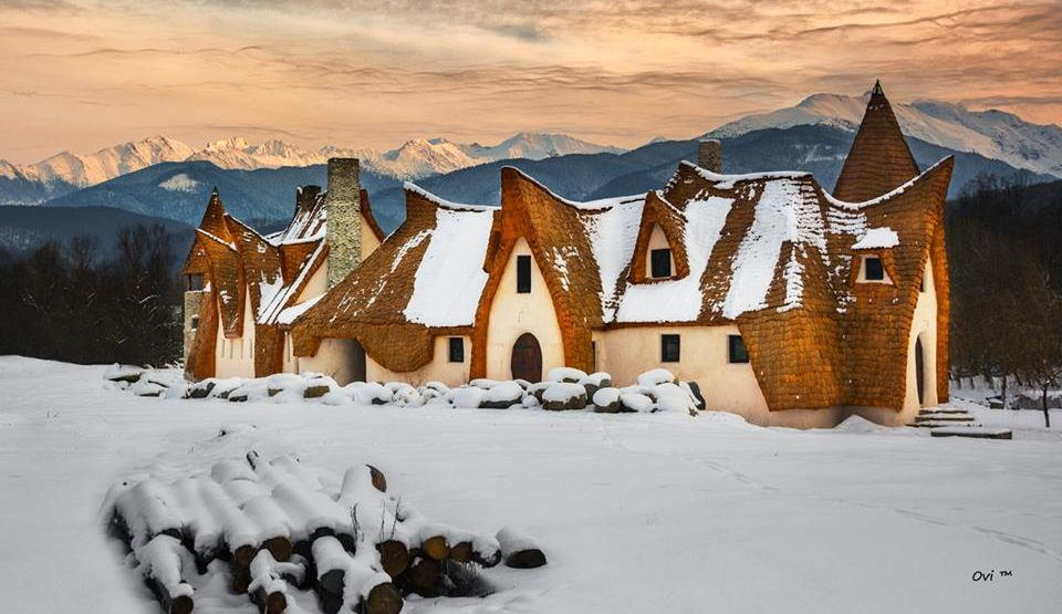 Castelul de lut Valea Zânelor