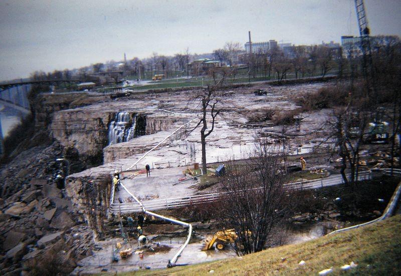 Oprirea cascadei Niagara a avut loc în anul 1969